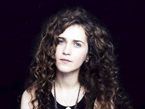 Rae Morris er klar for Norwegian Wood før Tori Amos og Patti Smith.