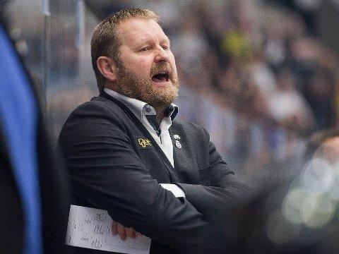 FØRSTE NEDERLAG: Petter Thoresen og Stavanger Oilers gikk på et overraskende tap i Fredrikstad. Her fra siste NM-finale i fjor.