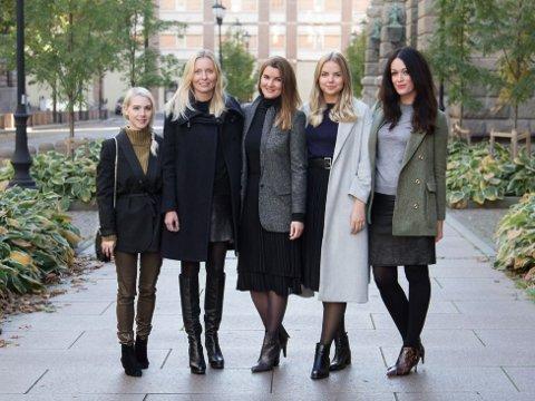 Teamet bak S2. Fra venstre Ida B. Klokk, Sara Narvhus Oksdøl, Line Kirkhus, Eline Varmo og Ingeborg Heldal.