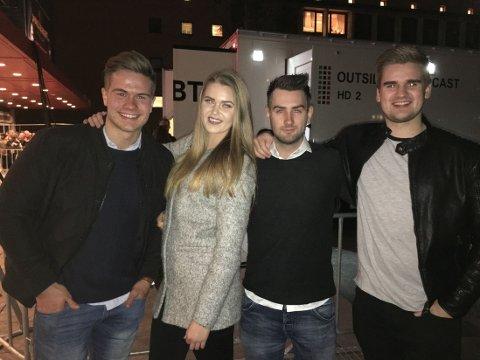 Johan (19), Siv (18), Jan Ove (22) og Lars Martin (20) er klare for konsert med Justin Bieber på Chateau Neuf i kveld.