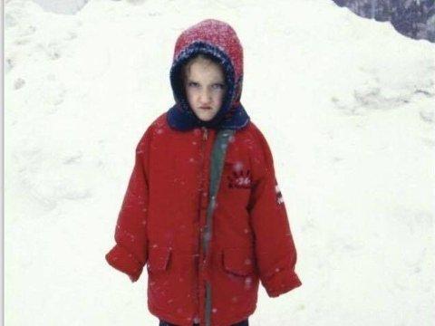 KJEMPEREDD: Natalia var seks år da hun ble begravd i snøen. - Jeg var kjemperedd, minnes hun.