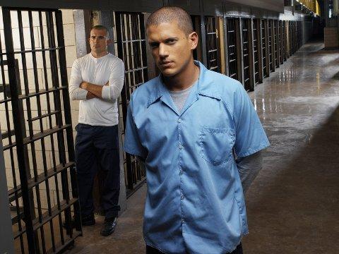 TILBAKE: Skuespillerne Dominic Purcell og Wentworth Miller ble verdenskjente etter serien Prison Break. Nå vender de tilbake til skjermen. Foto: Prison Break