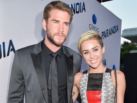 SAMMEN IGJEN: Liam Hemsworth og Miley Cyrus fant tilbake til hverandre.