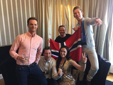 ESC I STOCKHOLM: De har fulgt musikkonkurransen i 7 år. Fv: Stian, Anders, Helle, Geir Andre og Jan Olav har fulgt MGP-festen siden det skjedde i Norge, etter Aleksander Rybaks seier i Russland 2009.