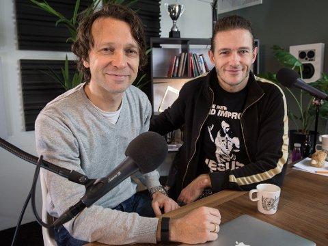 KRISEMØTE: Krisemøte er en ukentlig podcast med herrene Kristopher Schau og Kyrre Holm Johannessen. Torsdag inntar de Rockefeller.