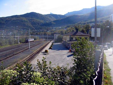 NARVIK 20060830 : Togstasjonen i Narvik er endestasjon for Ofotbanen.