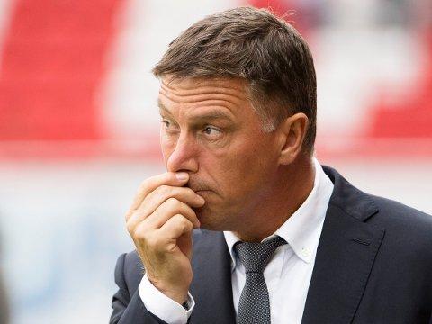 UROVEKKENDE: Kjell Jonevret og Viking har hatt mye å tenke på også utenfor fotballbanen de siste månedene.