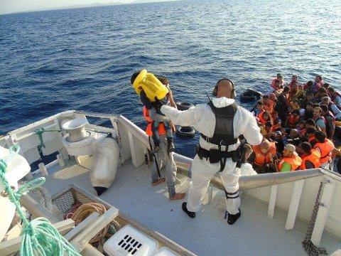 MIDDELHAVET: Ifølge FN venter 235.000 migranter på å krysse Middelhavet ti retning Italia,