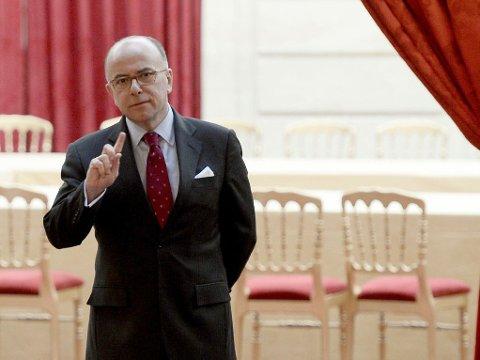TAR OVER: Innenriksminister Bernard Cazeneuve overtar som statsminister i Frankrike