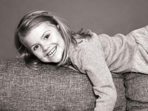 STOR JENTE: Prinsesse Estelle fyller fem år og er snart klar for skolestart.