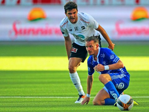 TROLIG TOPPLAG: Fredrik Oldrup Jensen og Odd. Her avbildet mot Sarpsborg 08 og Jonas Lindberg på Skagerak Arena forrige sesong.