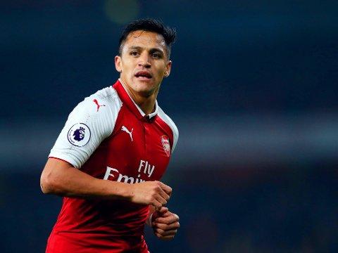 RYKTENE SVIRRER VIDERE: Alexis Sánchez går trolig mot slutten av Arsenal-tida si. En Serie A-gigant dukker opp som en mulig neste klubb i søndagens rykter.