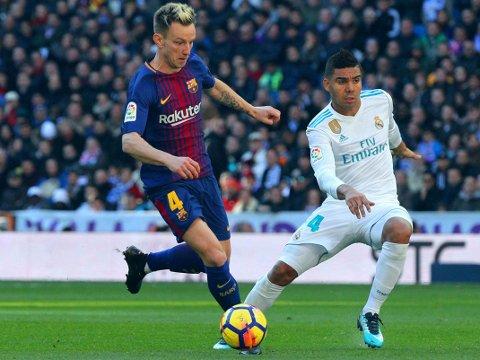ØNSKET I ENGLAND: Premier League kan bli den neste ligaen Ivan Rakitic (til venstre) spiller i. Her i duell med Real Madrids Casemiro.