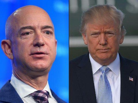 JEFF BEZOS (til venstre) eier både Amazon og The Washington Post. Donald Trump (til høyre) tror at Bezos bruker The Post til å angripe ham politisk, ifølge kilder som Vanity Fair har snakket med.