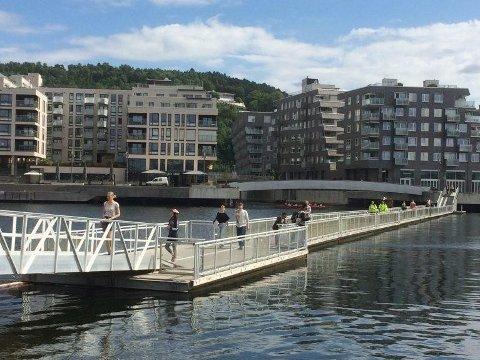 VIL FJERNE BRO: Ved å fjerne gangbroen, får Munchmuseet båtanløp for besøkende.