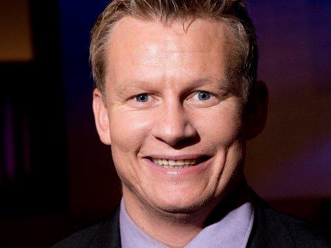 Den tidligere fotballproffen Steffen Iversen (41) har funnet lykken med 27-åring.