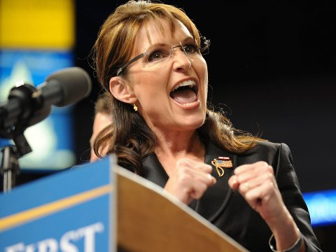 Sarah Palin avbildet under et valgkamparrangement i 2008, da hun stilte som John McCains visepresidentkandidat.