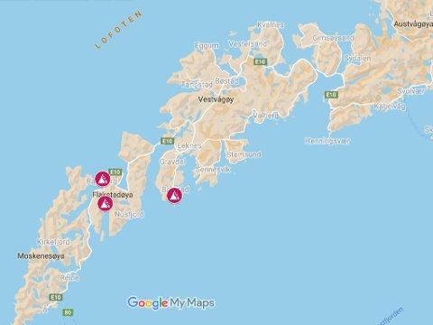 Ved 12-tiden mandag meldte Nordland politidistrikt om flere snøras og fare for nye ras på fylkesvei 818 i Ballstad i Lofoten. Ved 13-tiden meldte politiet om evakuering av beboere i Ramberg. Søndag kveld ble fire bolighus i Skjelfjord i Flakstad evakuert på grunn av fare for ras.