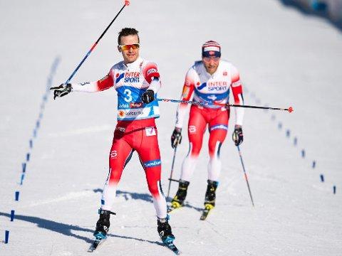 TRIUMFATOR: Sjur Røthe viste seg som sterkest i spurten da han vant karrierens første VM-gull. I bakkant følger bronsevinner Martin Johnsrud Sundby.
