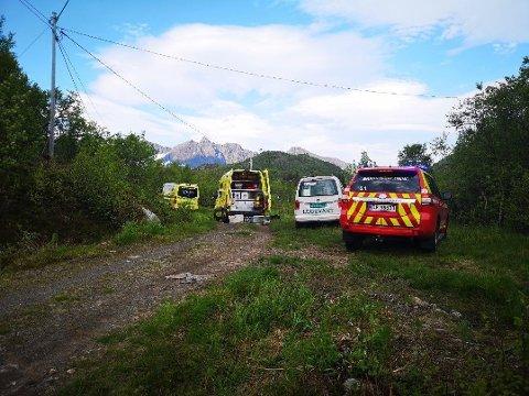 DUKKET IKKE OPP: Det utføres livreddende førstehjelp og vedkommende flys med luftambulansen til UNN i Tromsø.