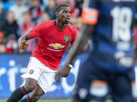 RYKTENE FORTSETTER: Andre klubber har fortsatt ikke gitt opp håpet om å kunne hente Paul Pogba fra Manchester United. Her er stjernepsilleren i aksjon mot Kristiansund på Ullevaal stadion i juli.