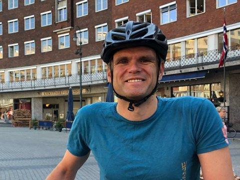 BEKYMRET: MDGs fylkesleder i Oslo, Einar Wilhelmsen, frykter at byrådets sykkelplan blir skrotet dersom de taper valget om tre uker, og at det vil gå utover vanlige folk som vil sykle trygt i byen.