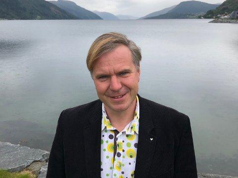 GJESTEREDAKTØR: Alfred Bjørlo, ordførar i Eid.