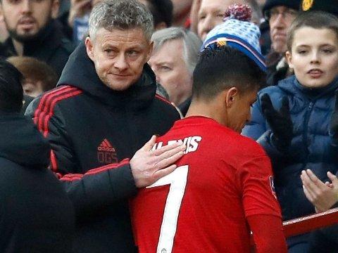UT MED BEGGE? Ole Gunnar Solskjær og Alexis Sanchez kan ha kort tid igjen i Manchester United.