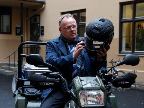 Per Sandberg har avslørt at han søker jobb som taxi-sjåfør i Halden. Her fra den offisielle åpningen av Røde Kors sin kommunikasjonssentral. Foto: Fredrik Hagen / NTB scanpix