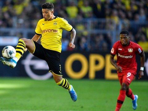 ATTRAKTIVE KARER: Både Borussia Dortmunds stjerneskudd Jadon Sancho og Leon Bailey (bak) fra Bayer Leverskusen skal være på ønskelista til en meget kjøpelysten Premier League-klubb.