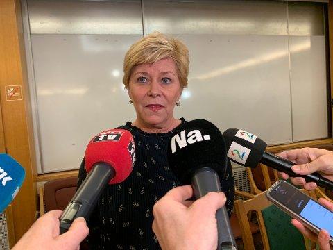 NOK ER NOK: Frp-leder og finansminister Siv Jensen truer med å gå ut av regjeringen om statsminister Erna Solberg (H) ikke gir partiet mer gjennomslag.