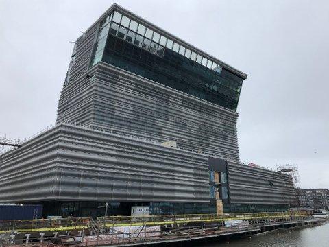 FORSINKET: Åpningen av det nye Munch-museet i Bjørvika er utsatt til høsten på grunn av forsinkelser i leveranser av sikkerhetsdører.