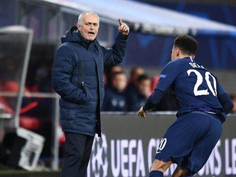 OVER FOR DENNE GANG: José Mourinho klarte ikke å styre Dele Alli og Tottenham tilbake i kampen om en plass i Champions League-kvartfinalene. Spurs tapte både hjemme og borte for RB Leipzig