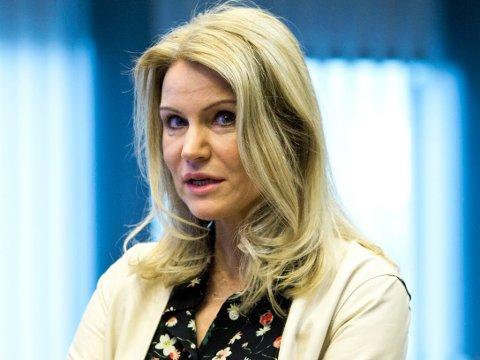 Den tidligere danske statsministeren Helle Thorning-Schmidt, også kjent som Gucci-Helle, er blant medlemmene av Facebooks nye uavhengige «høyesterett»-gruppe.
