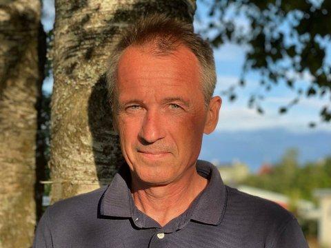 KRITISK: Anders Nordstad er kritisk til den høye prisøkningen hos dagligvarekjedene det siste året.