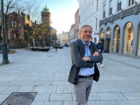 EN AVIS FOR ALLE: Magne Storedal, ansvarlig redaktør i Avisa Oslo, mener det er et stort nyhetsvakuum i hovedstaden. Nå skal han lage avis for hele byens befolkning. - Vi skal konsekvent være på din side, lover han leserne.