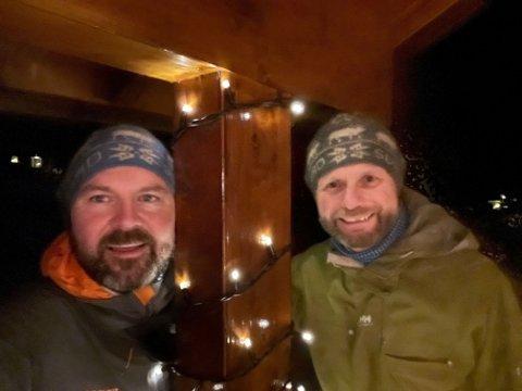 FEIRER PÅ HYTTA: Helse- og omsorgminister Bent Høie (H) skal feire jul på hytta med mannen Dag Terje. - Det blir bare oss to i år, forteller han. Foto: Privat