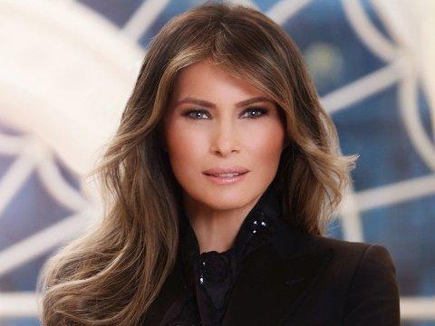 Den slovenske modellen Melania Trump flyttet til USA i 2001, og giftet seg med Donald Trump i 2005. Sammen har de sønnen Barron.