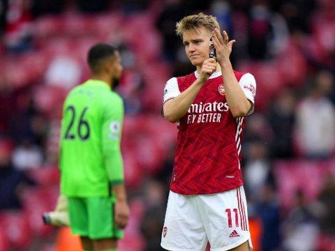 FERDIG I LONDON: Martin Ødegaard. Her avbildet etter Arsenals siste hjemmekamp i Premier League 23. mai.