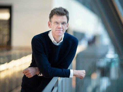 UENIG: Telenor Norge-direktør Petter-Børre Furberg avviser mange av påstandene fra Forbrukerrådet.