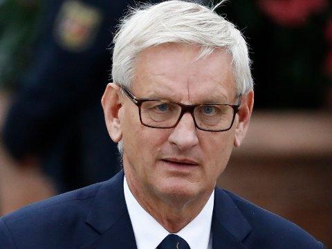 """Carl Bildt sier det er """"dypt urimelig"""" at NATO-sjefen og USAs president klander afghanerne for utfallet i Afghanistan etter Vestens tilbaketrekning fra det krigsherjede landet."""
