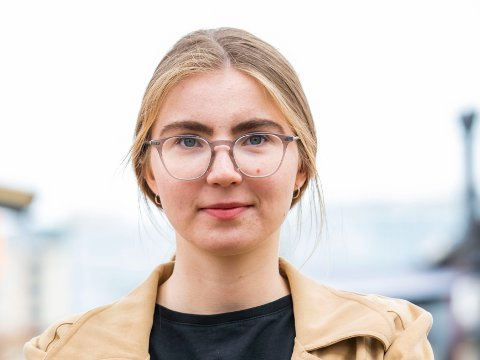 VEKKER OPPSIKT: Leder i Grønn Ungdom, Hulda Holtvedt, forteller om hets mot personer helt ned i 13-årsalderen.