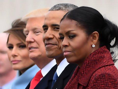 Michelle Obama avbildet under innsettelsesseremonien til Donald Trump i januar 2017. Bildet antyder at den tidligere førstedamen var svært ukomfortabel med situasjonen.