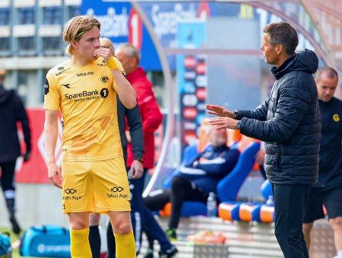 PÅ GULLJAKT: Bodø/Glimt-Kjetil Knutsen (til høyre) og med stjernespiller Jens Petter Hauge har virkelig fått dreis på samarbeidet denne sesongen.