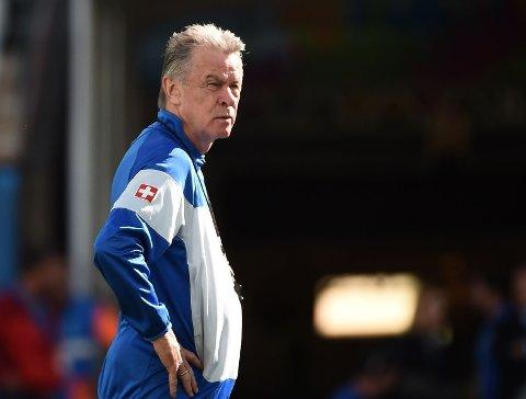 MISTET BROREN: Sveits' landslagssjef Ottmar Hitzfeld mistet broren rett før åttedelsfinalen mot Argentina.