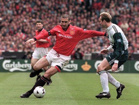 LEGENDE: Eric Cantona, her i FA-cupfinalen mot Liverpool og John Scales i 1996, vil for alltid være en legende i Manchester United.