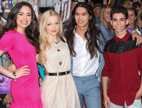 Sofia Carson, Dove Cameron, Booboo Stewart og Cameron Boyce spiller i Disney-aktuelle Descendant 2.