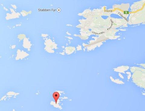 Søndag ble et lik funnet på øya Oddane like sør for Florø i Sogn og Fjordane.