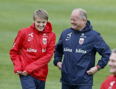 SPILLER HAN? Per-Mathias Høgmo ville ikke avsløre om Martin Ødegaard starter mot Kroatia.