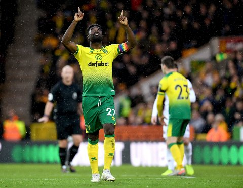 Alexander Tettey feirer scoring i Premier League. Foto: Joe Giddens/PA via AP/NTB